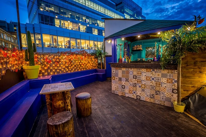 酒吧设计,主题酒吧设计,屋顶酒吧设计,户外影院设计,特色酒吧设计,酒吧设计图片,酒吧设计方案