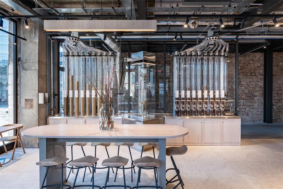 咖啡厅多人餐桌设计