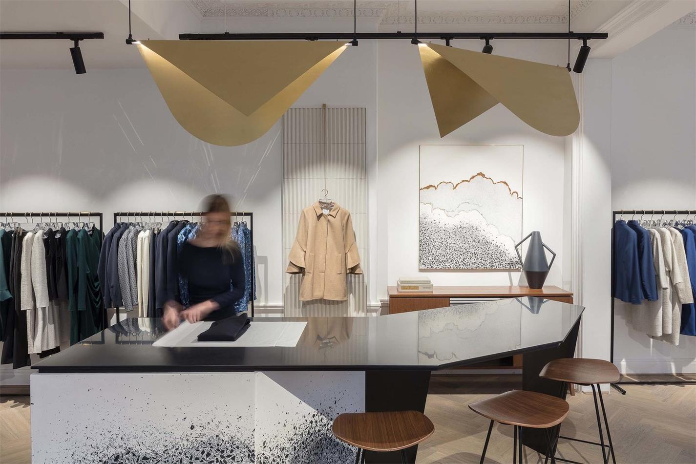 服装店设计, 旗舰店设计, 连锁店设计,精品店设计, 服装店图片,服装店方案,店面设计,商业空间设计,零售设计