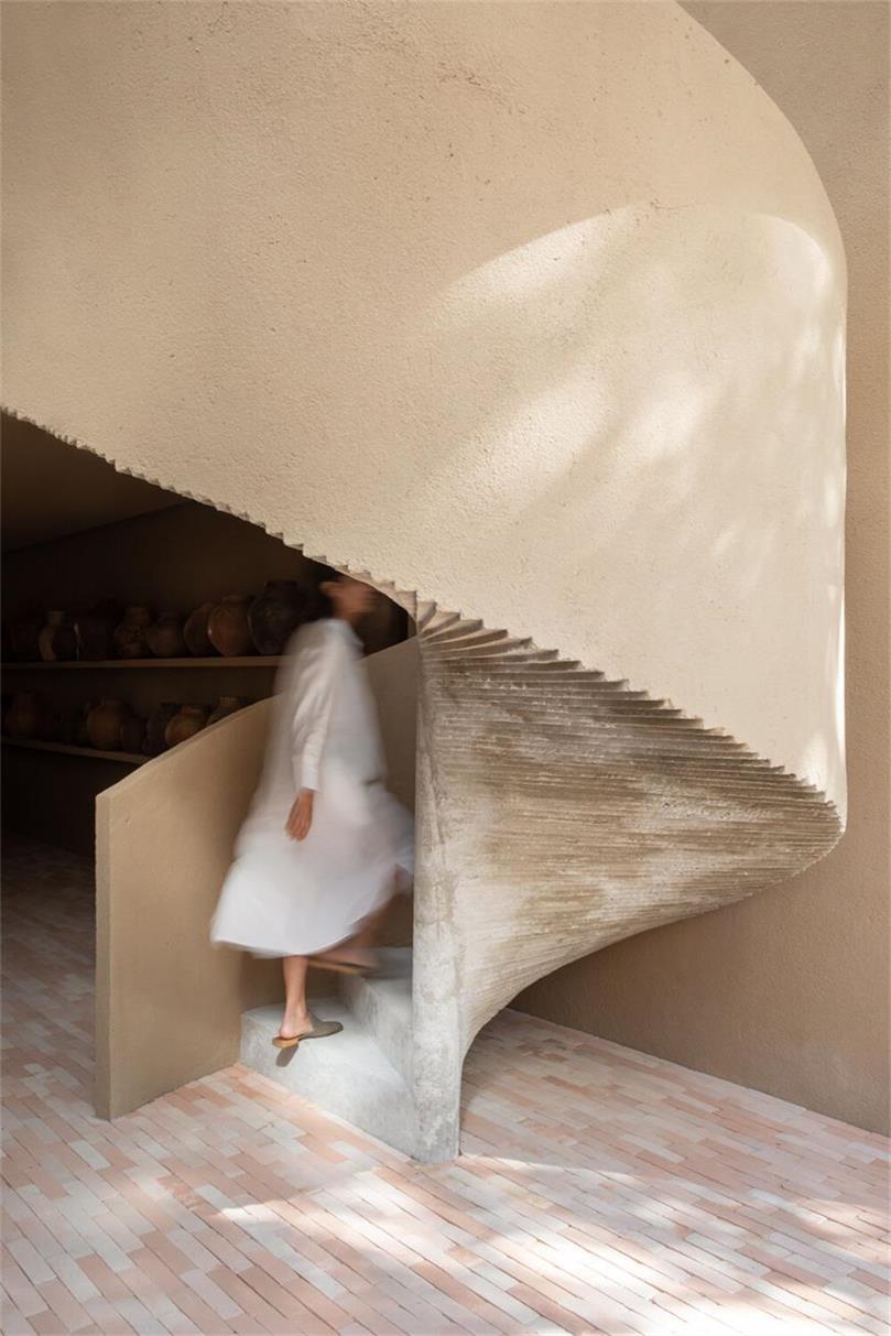 瑜伽馆旋转楼梯设计