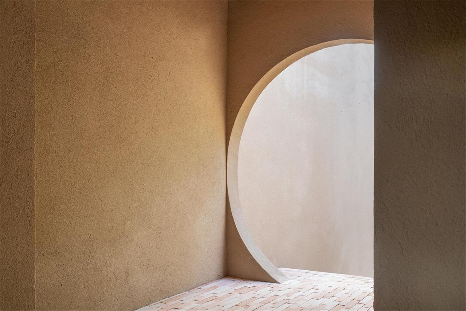 瑜伽馆圆形拱门设计