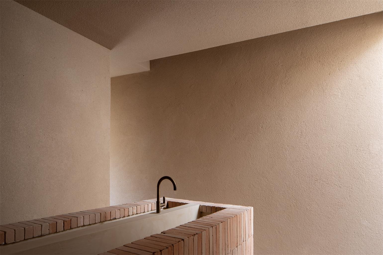 瑜伽馆水吧台侧墙设计
