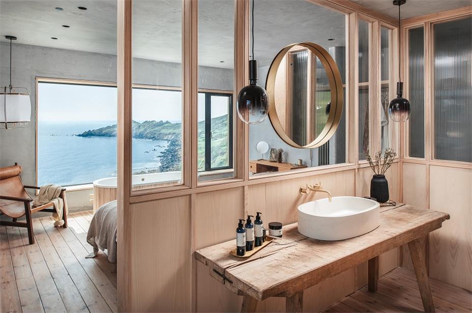 别墅主卧开放式卫生间设计