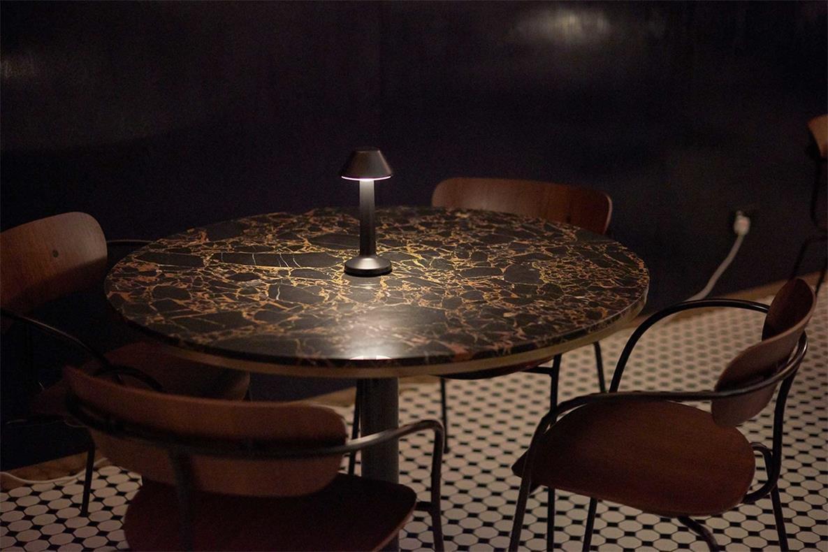 酒吧休闲桌椅设计