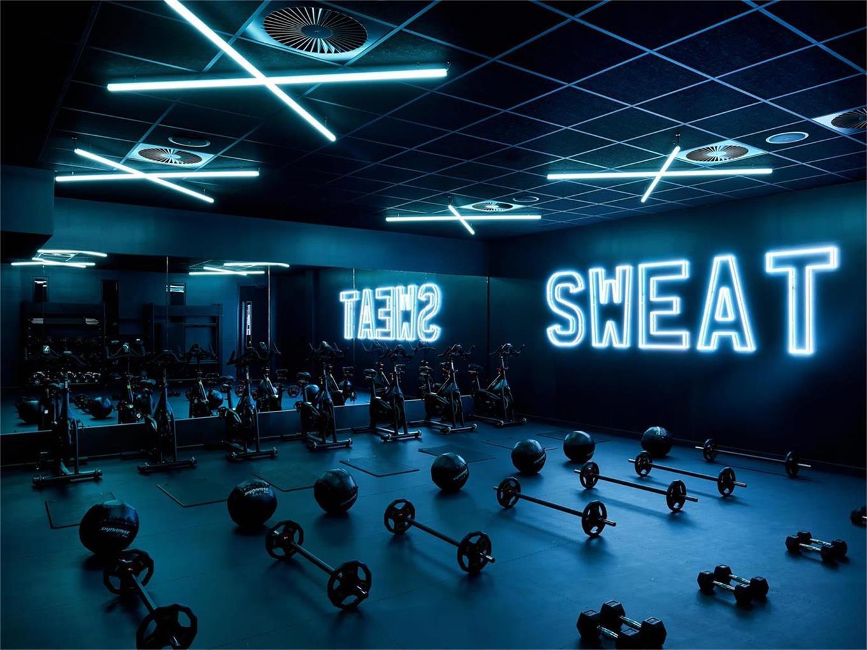 健身房哑铃区域设计