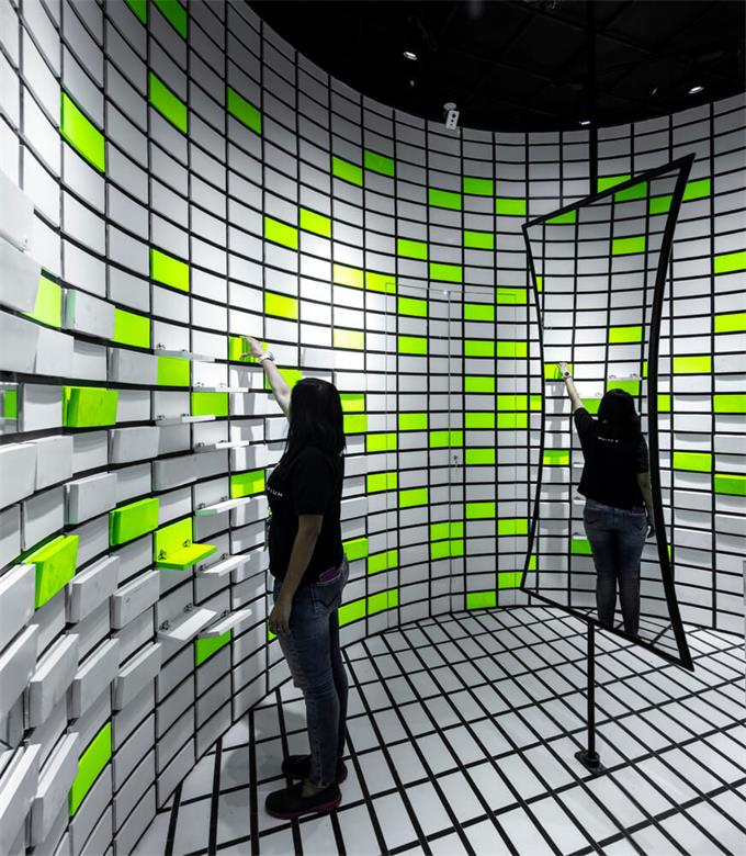 眼镜店墙面展示造型设计
