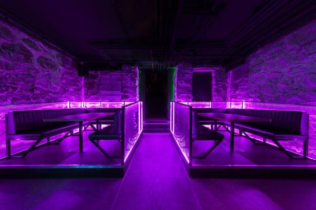 酒吧吧台区域设计全景
