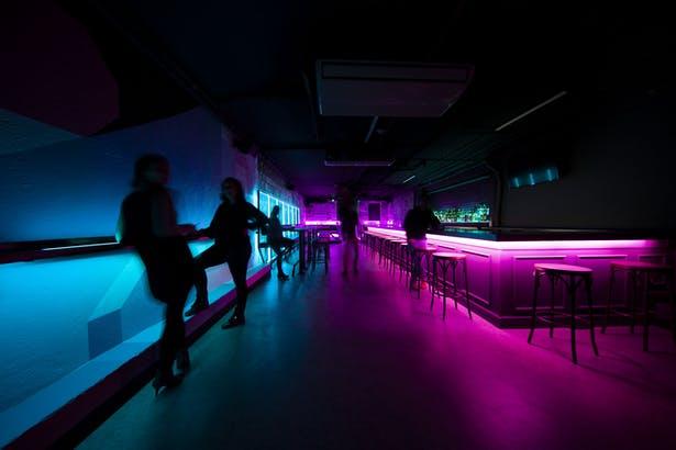 酒吧设计,静吧设计,地下酒吧设计,loft风设计,闹吧设计,商业空间设计,夜总会设计,主题酒吧设计,夜店设计,轻奢酒吧设计,娱乐空间设计,酒吧设计图片,酒吧设计方案,