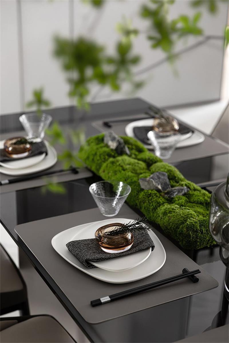 样板房设计餐桌细节