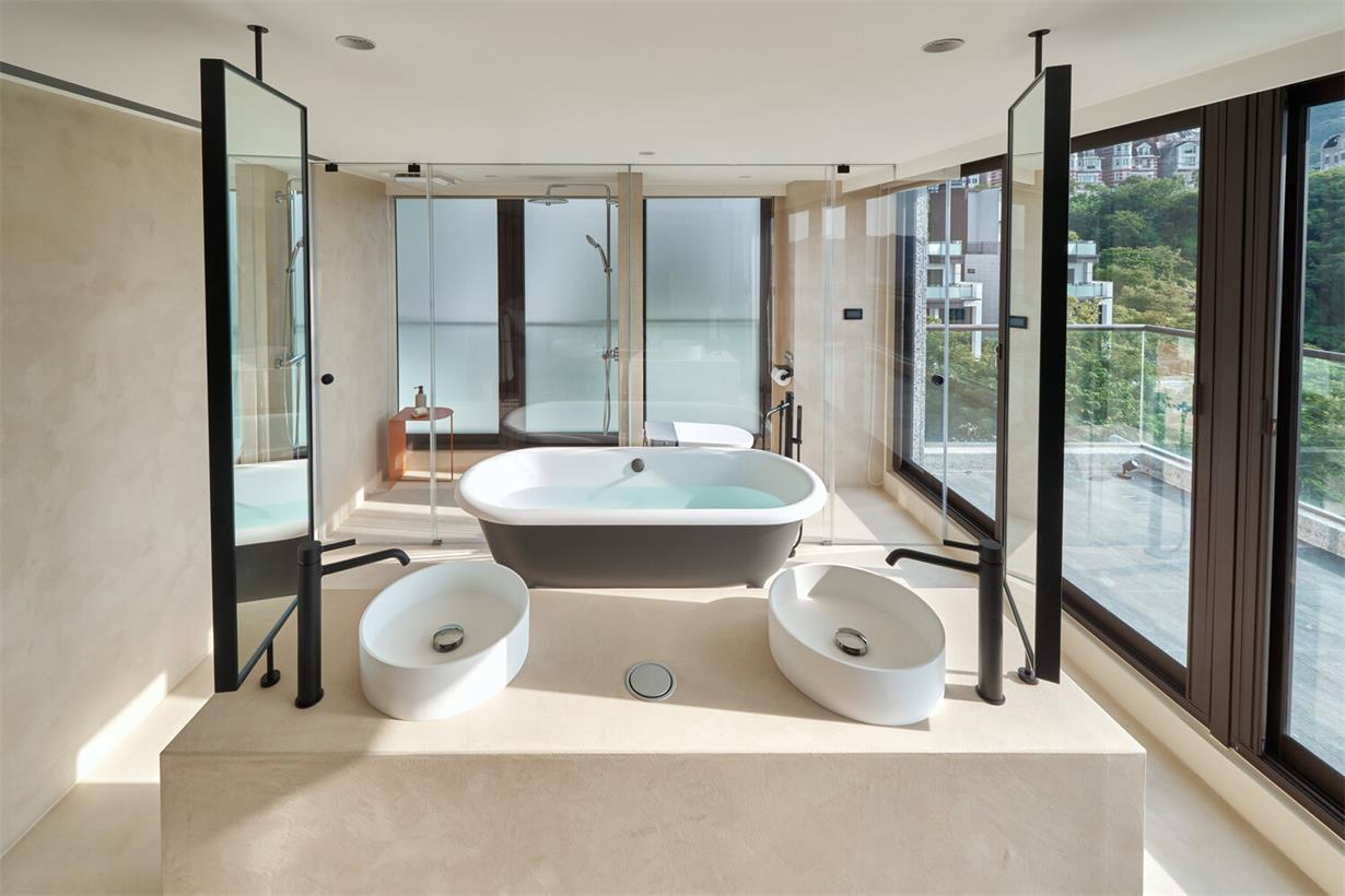 别墅主卧开放式卫生间全景设计