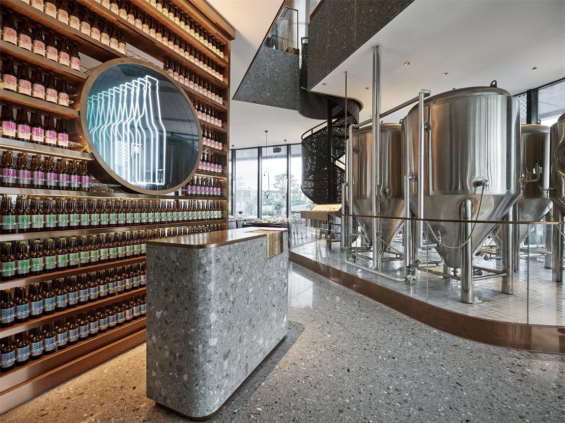 啤酒吧接待台设计