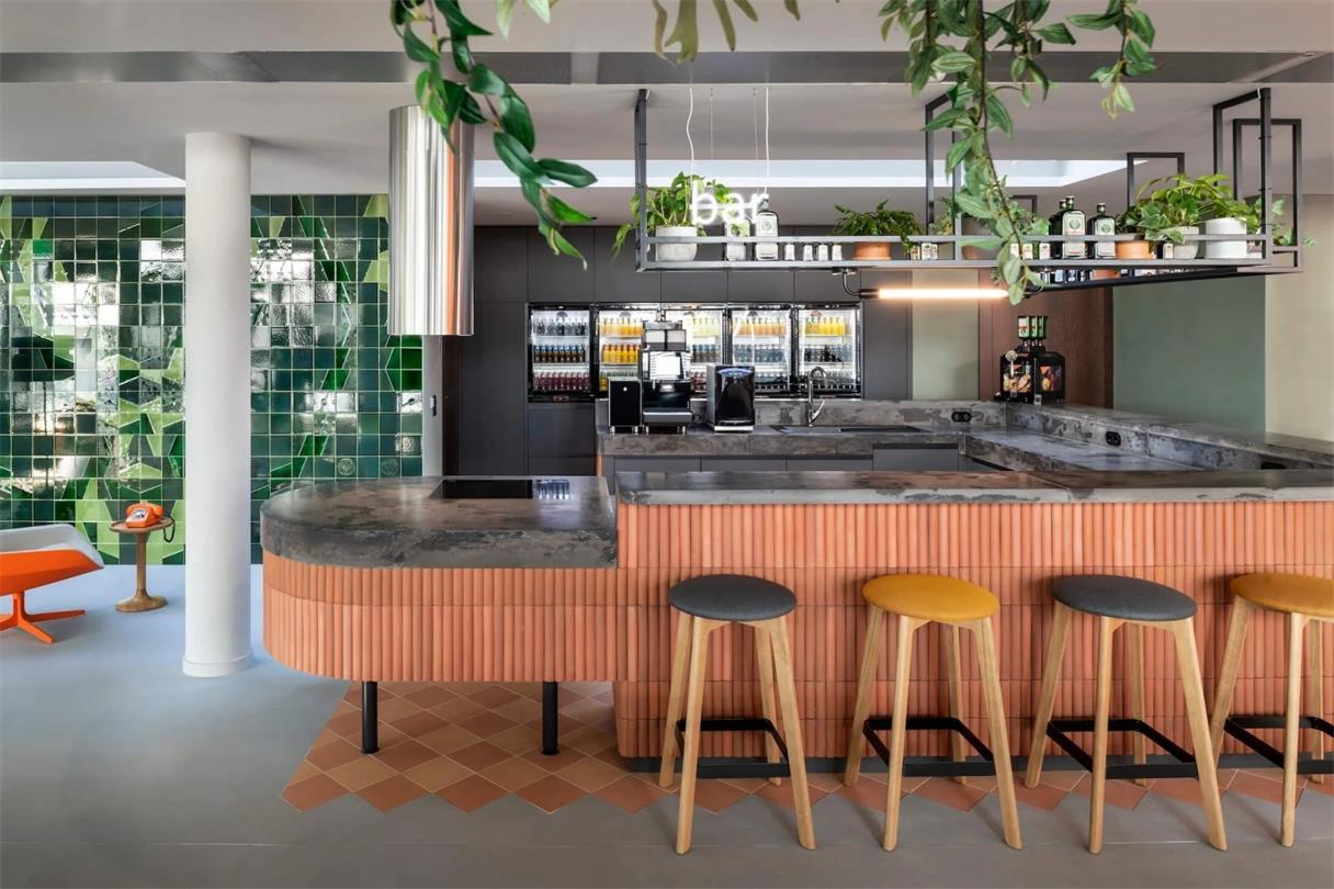 办公室茶水吧兼酒吧吧台设计