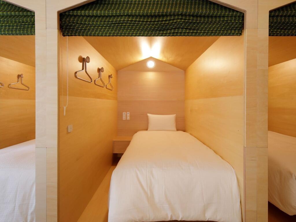 胶囊旅馆中型胶囊房设计