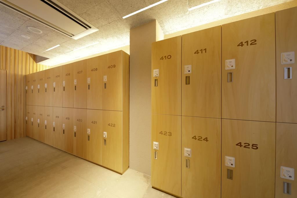 胶囊旅馆存储间设计
