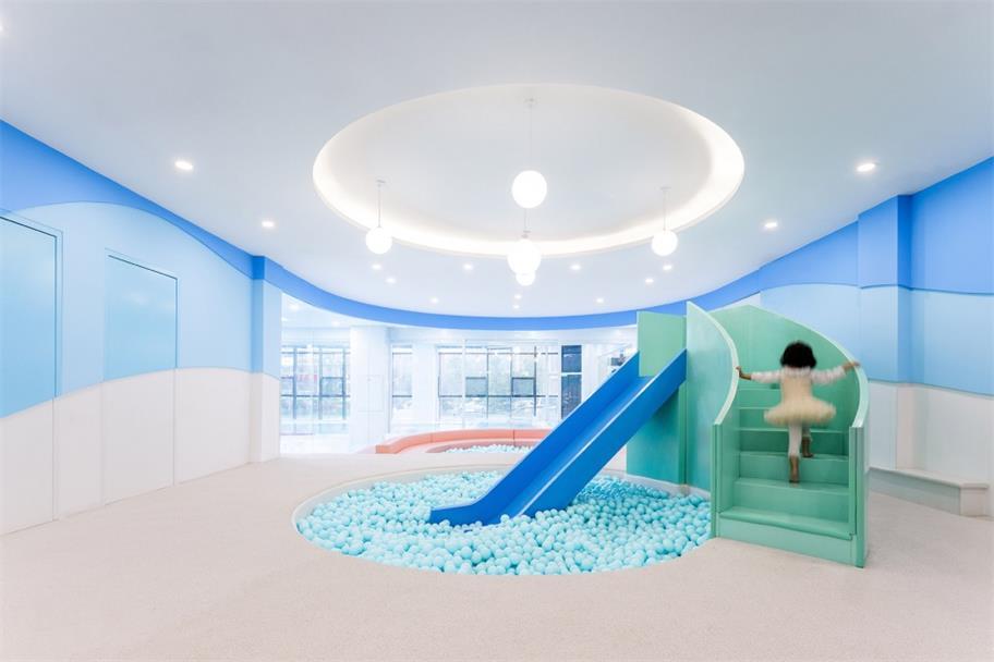 健身中心亲子游乐区滑滑梯设计
