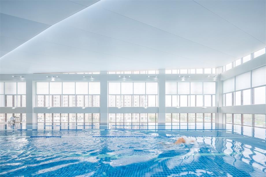 健身中心游泳馆玻璃幕墙设计