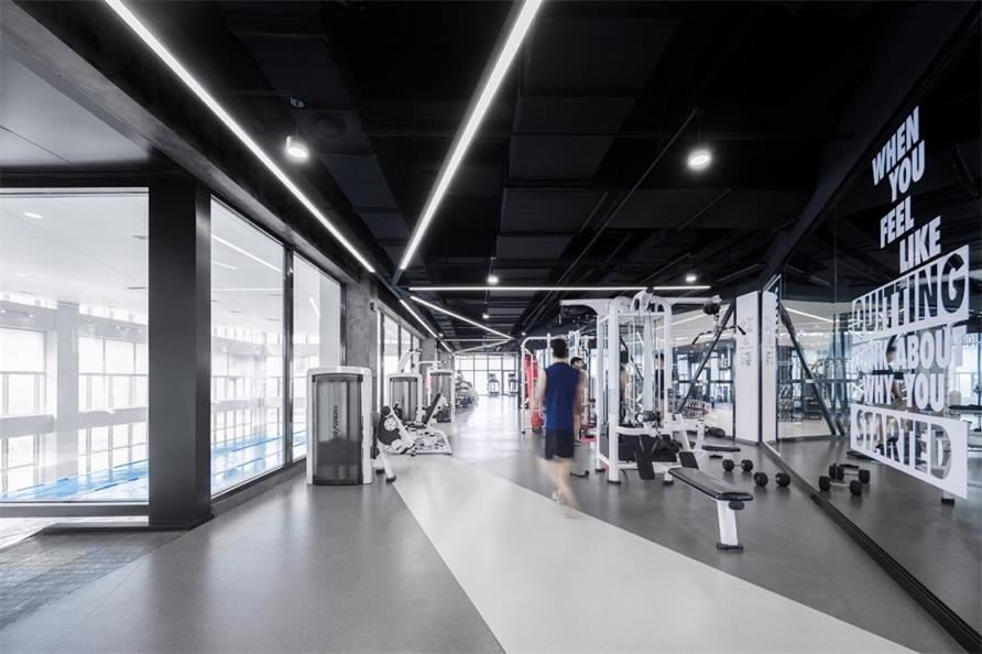 健身中心健身房走廊设计