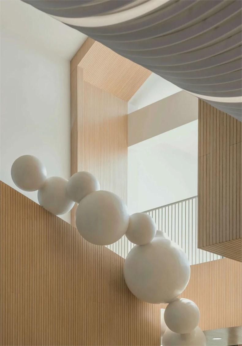 幼儿园楼梯间艺术装置设计