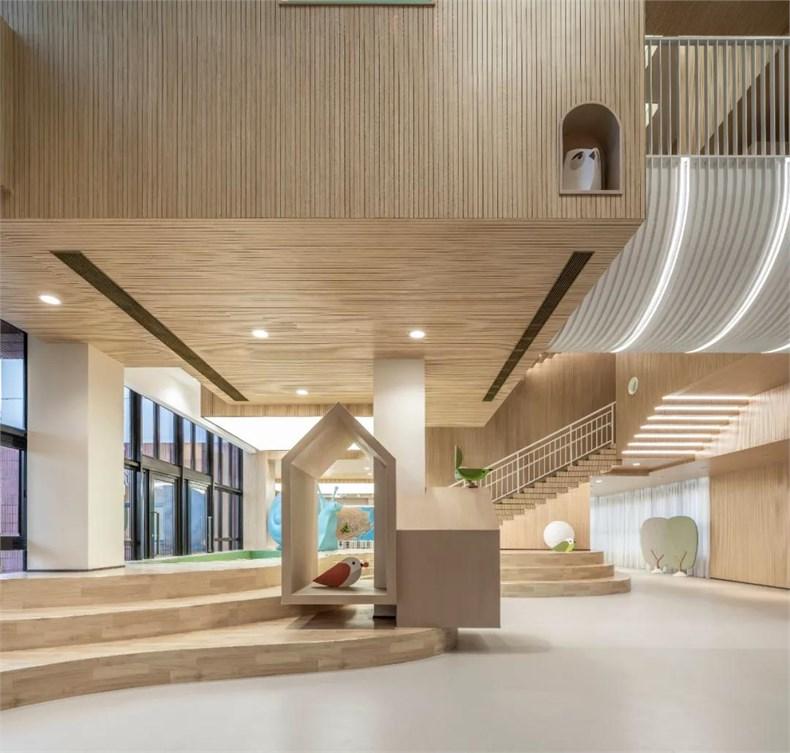 幼儿园阶梯式游乐区设计