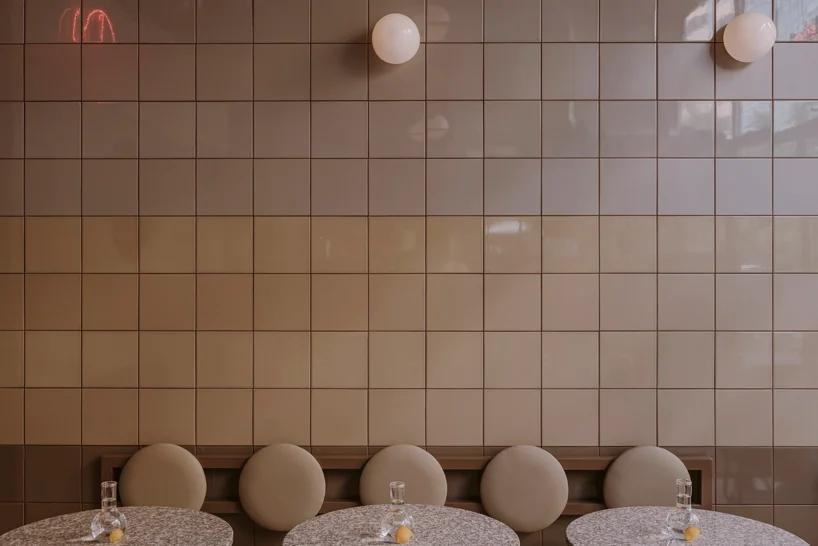 披萨快餐店墙面壁灯设计