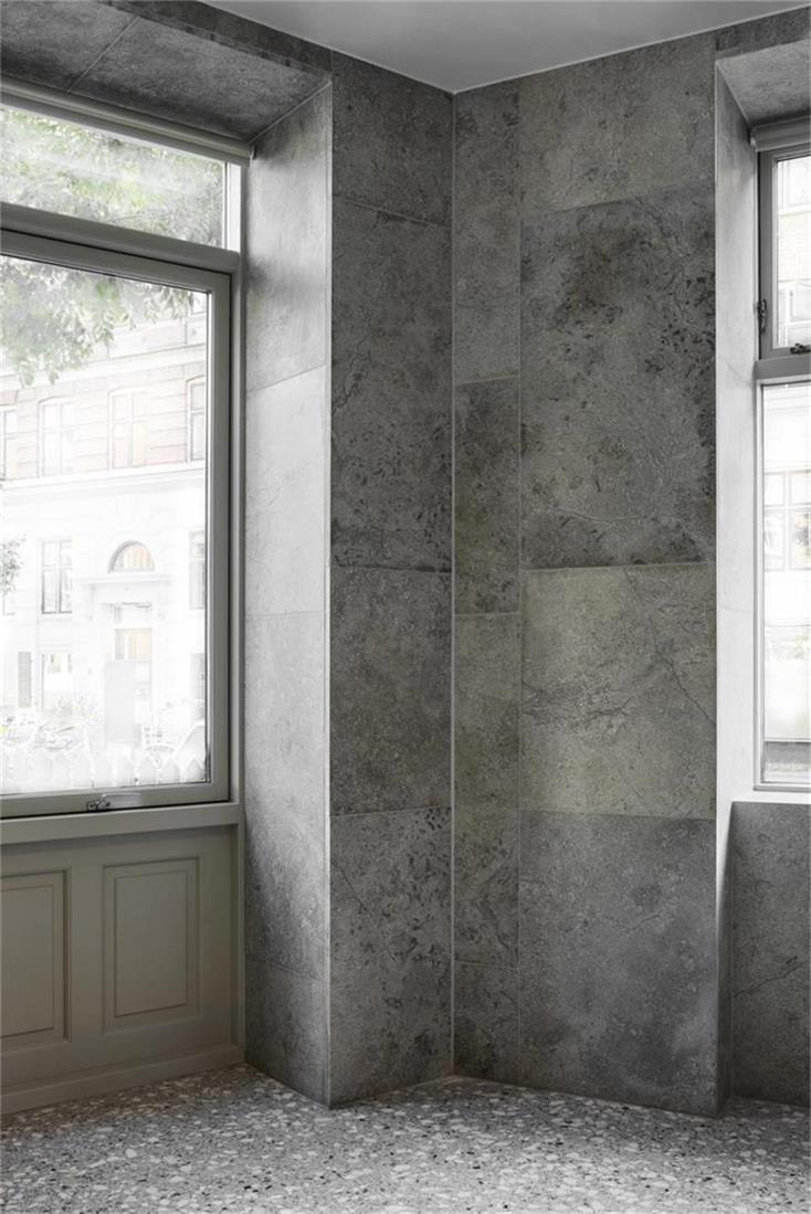 烘焙店石灰石墙面设计