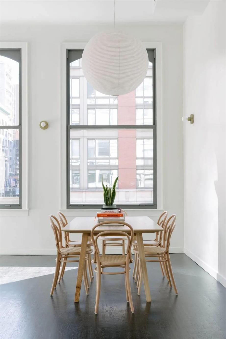 理发店藤编座椅及墙面壁灯设计