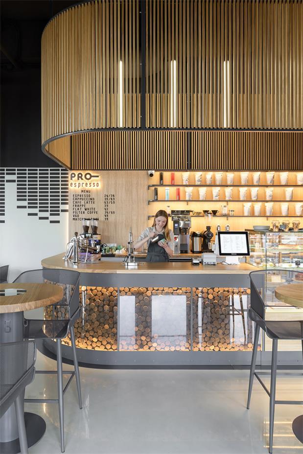 咖啡厅操作台天花设计