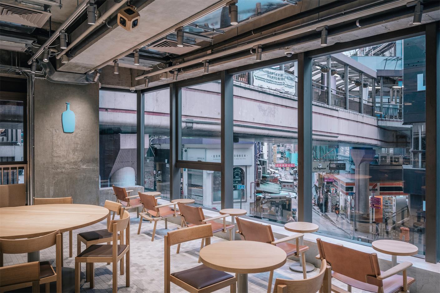 蓝瓶咖啡厅二层客座区设计