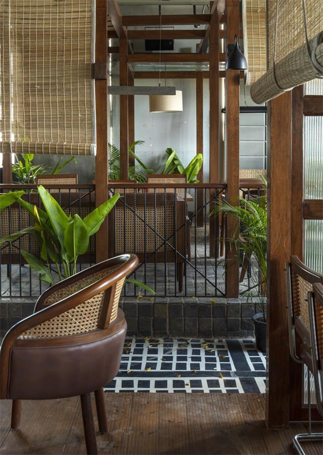 餐厅用餐区隔断设计