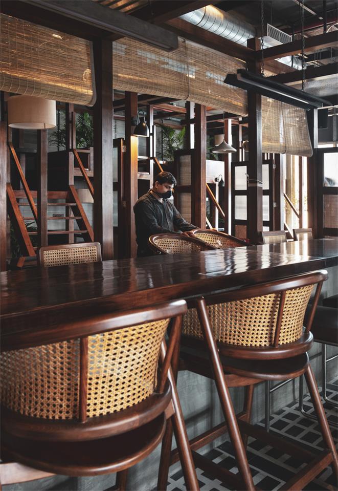 餐厅中央吧台设计