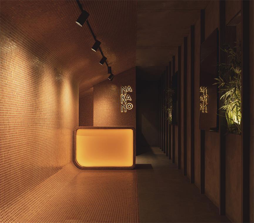 拉面及寿司外卖餐厅内部灯光氛围设计