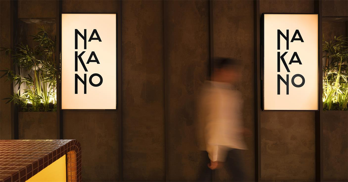拉面及寿司外卖餐厅墙面造型及logo灯箱设计