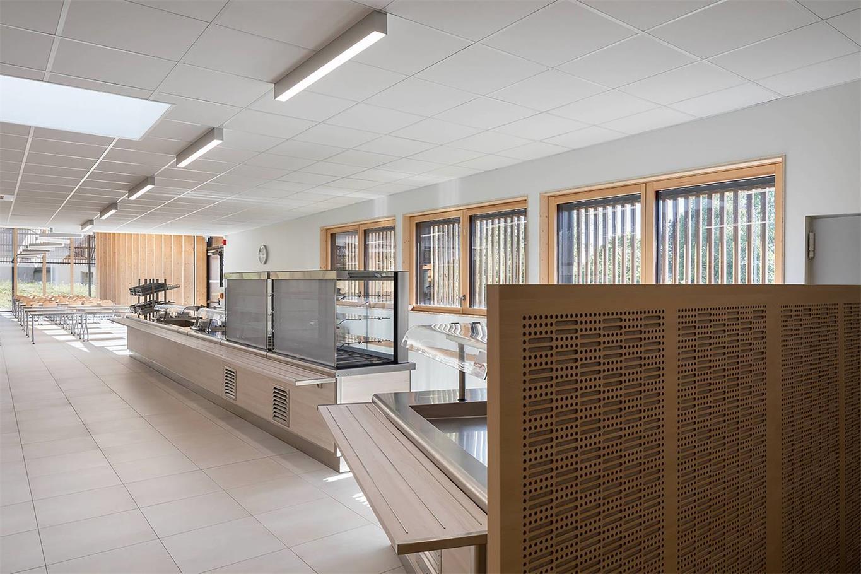学校食堂盛饭区设计概览
