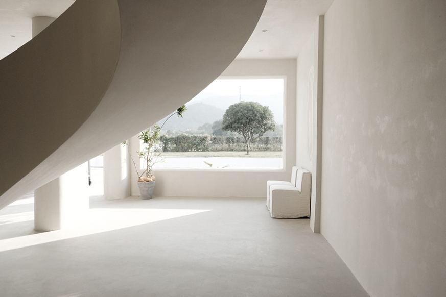 摄影空间一层窗户设计