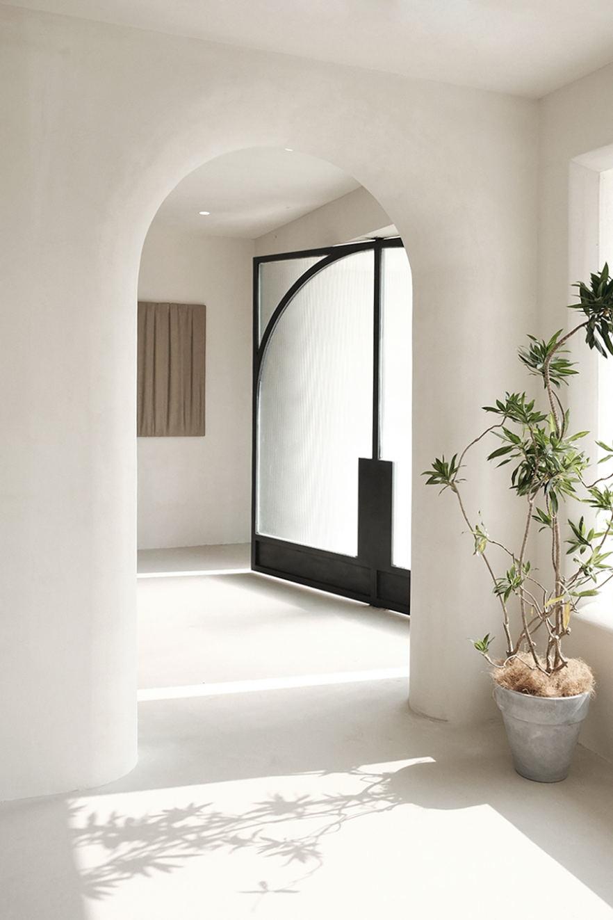 摄影空间一层入门处设计