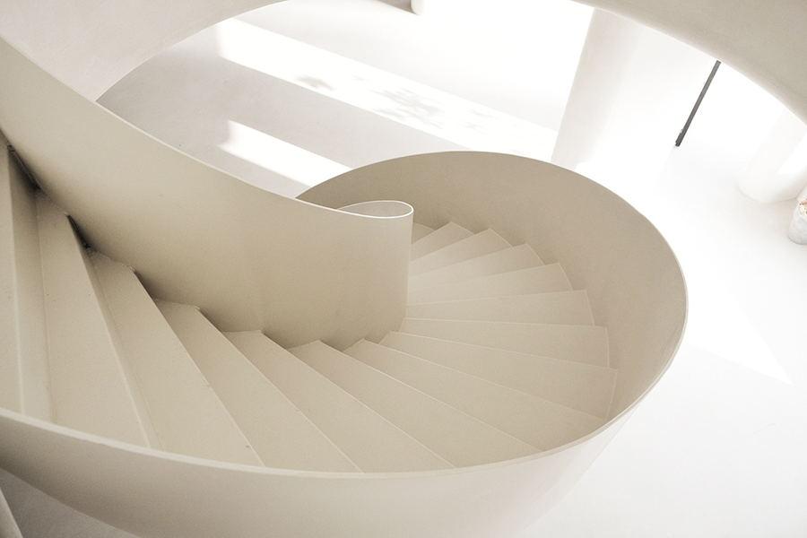 摄影空间旋转楼梯俯瞰图