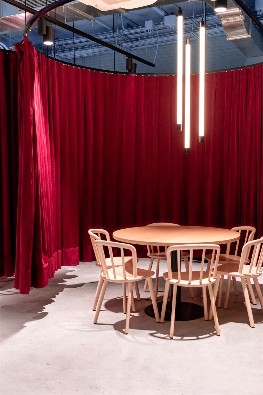 学生公寓公共区域圆桌设计