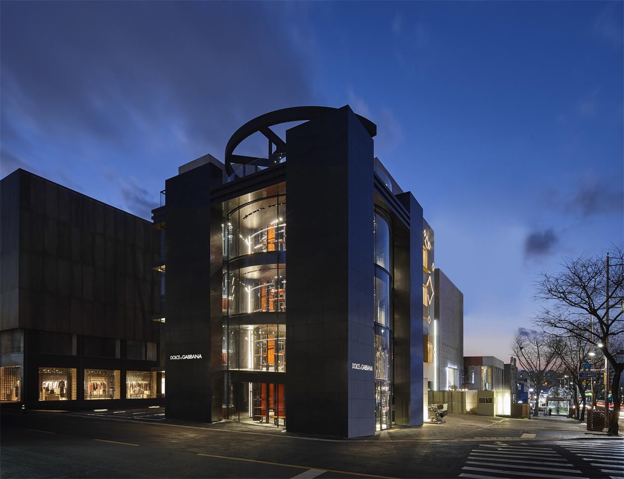 奢侈品店建筑外立面整体设计