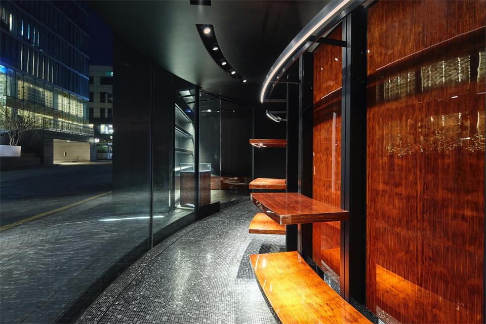 奢侈品店走廊设计