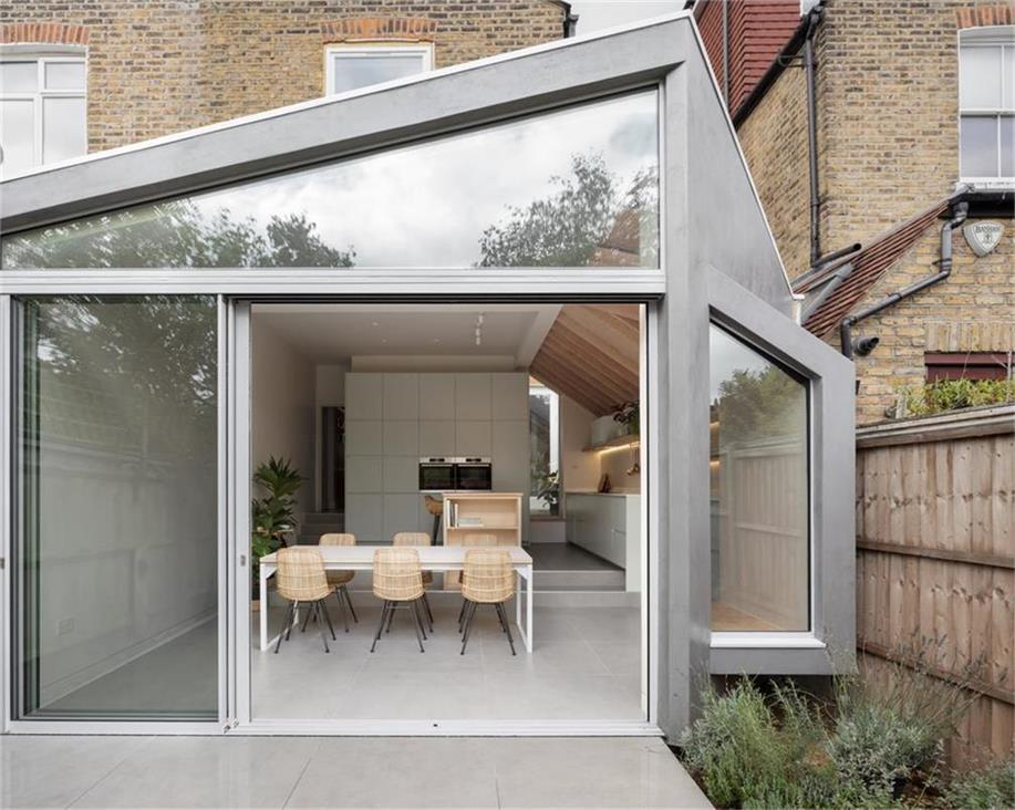 联排别墅玻璃屋设计