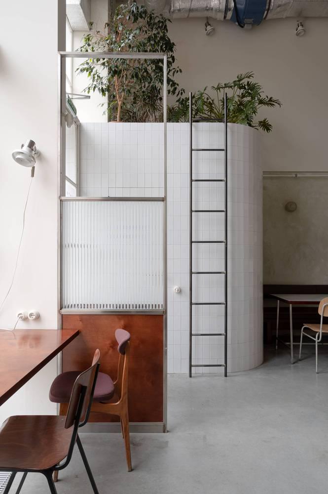 餐吧室内入口处设计