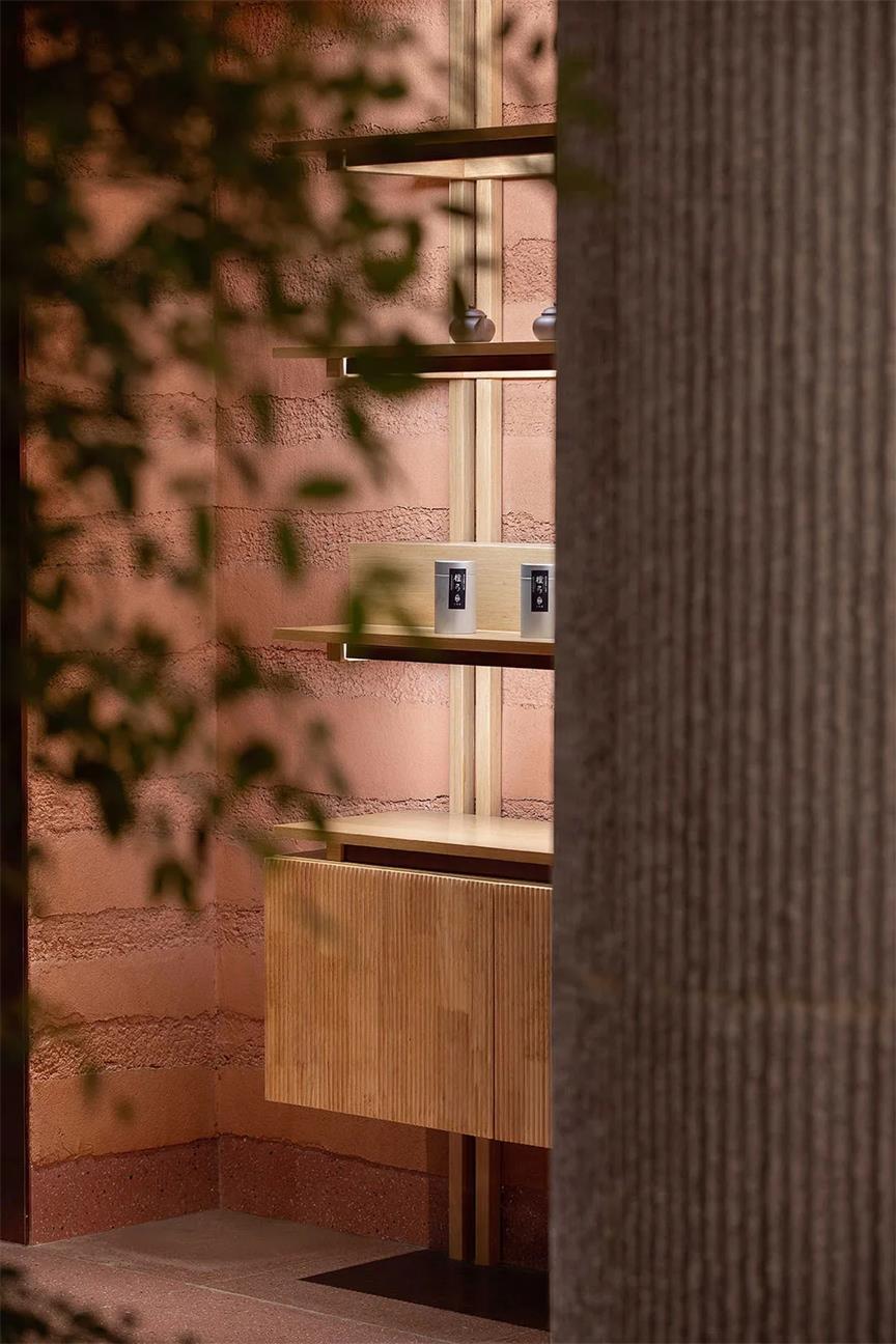 茶文化体验馆墙面及展示架设计