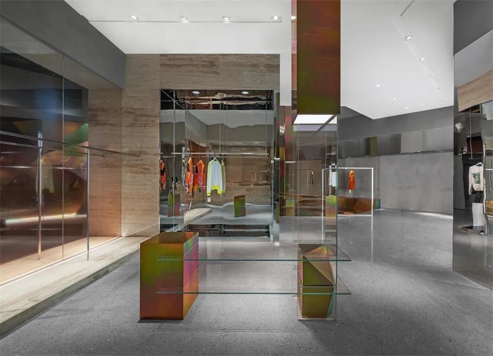 买手店内空间反射设计