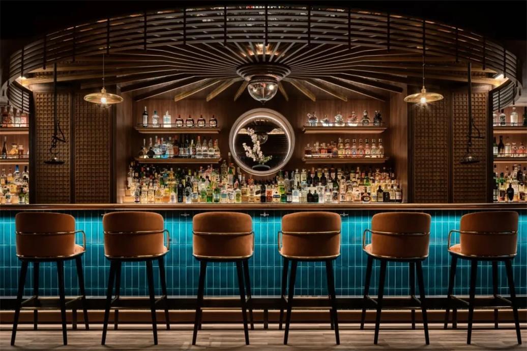 威士忌酒吧吧台区设计