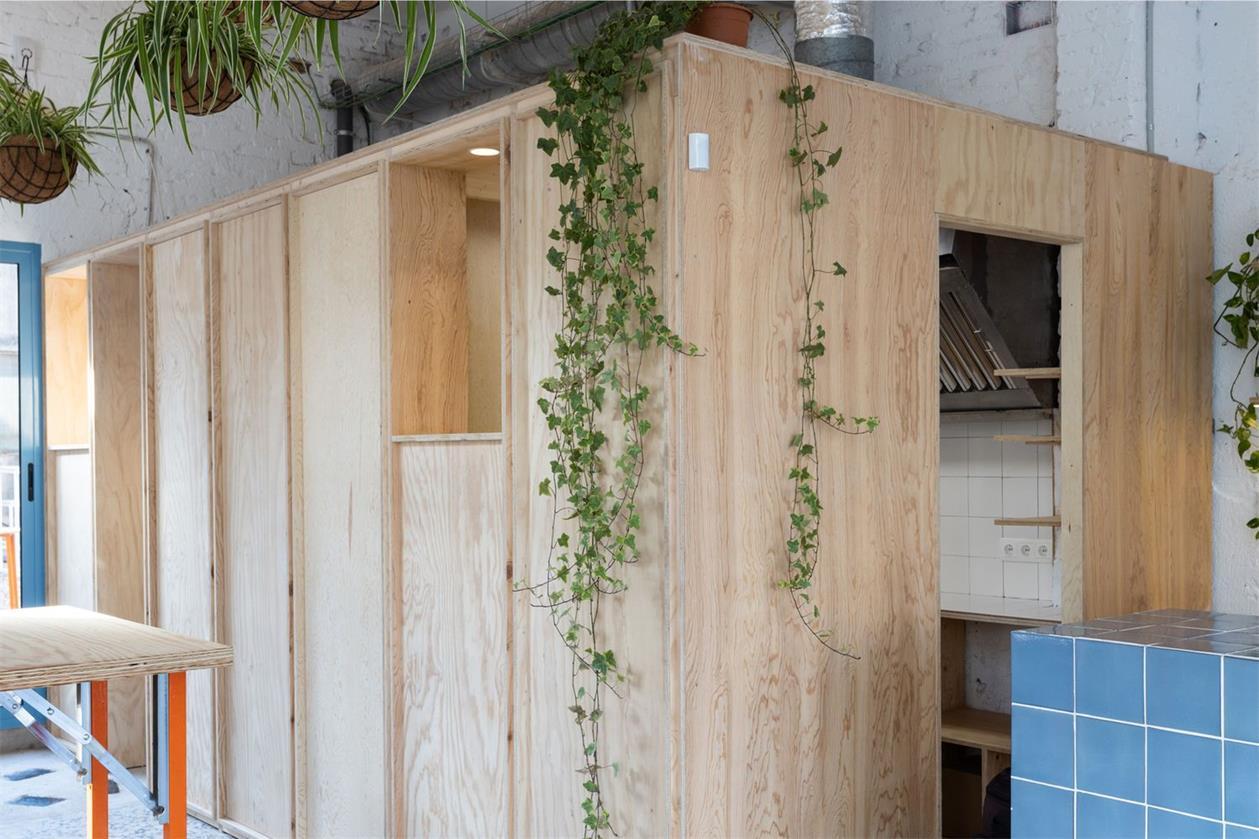 静吧木质房子设计
