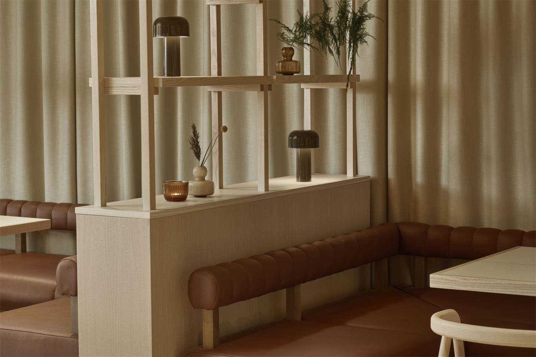 酒店餐厅沙发卡座设计