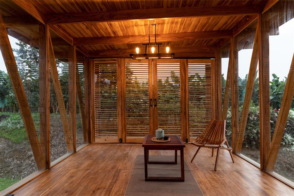 茶室内部摆放的可移动家具设计