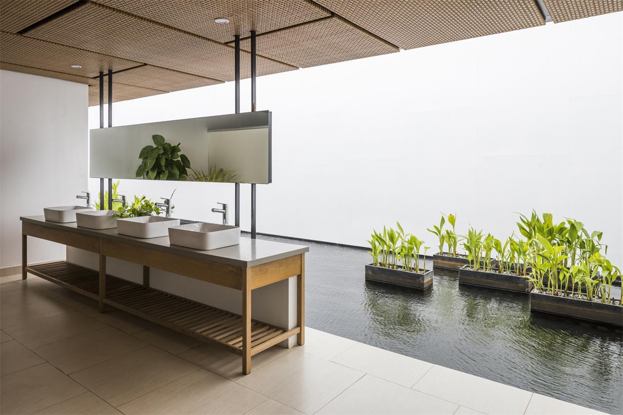 售楼处洗手台与景观盒结合设计