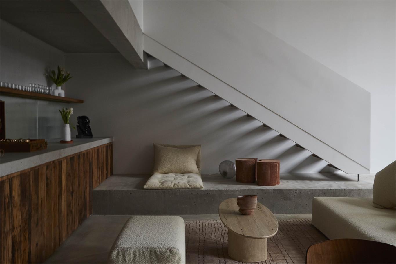 摄影工作室楼梯设计
