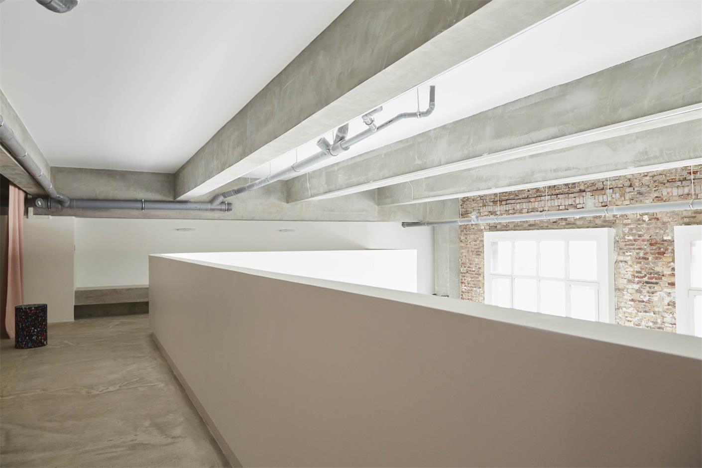 摄影工作室二层围栏设计